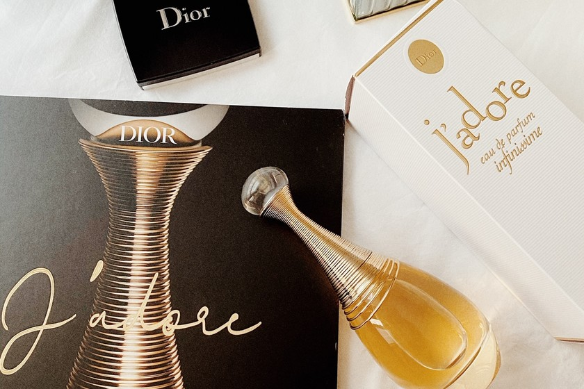 Dior Infinissime, the new enveloping and sensual fragrance 2020 2021